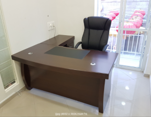 שולחן-מנהלים-דגם -גל