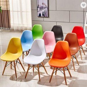 כסא אורח ללא ידיות פלסטיק דגם אמי