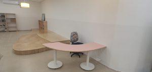 שולחן-תלמיד-דגם-בננה