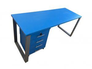 שולחן-משרדי-מעוצב